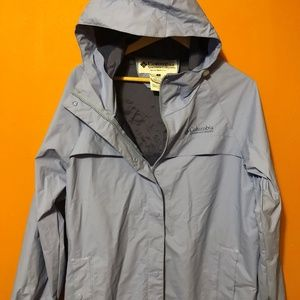 Women's Columbia Lightweight Windbreaker/RAINCOAT